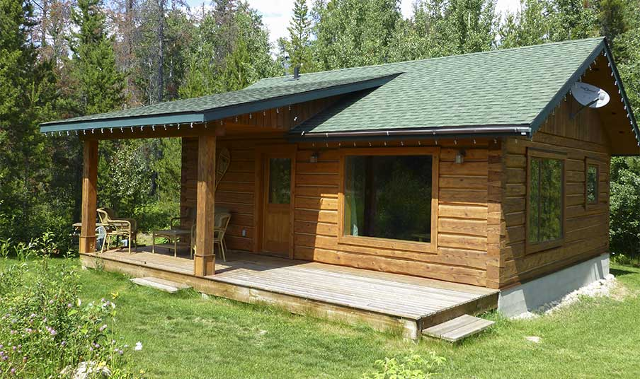 Mica mountain lodge cabins in valemount area cabins near for Ice fishing cabins alberta